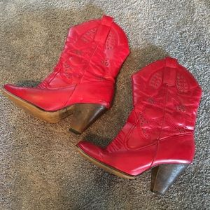 Shoes - 💫5 for $20❗️Studded Red Cowgirl Boots